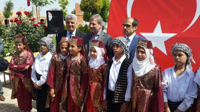AB Komisyon Üyeleri Harran'da Suriyelilerin kaldığı tesisleri inceledi