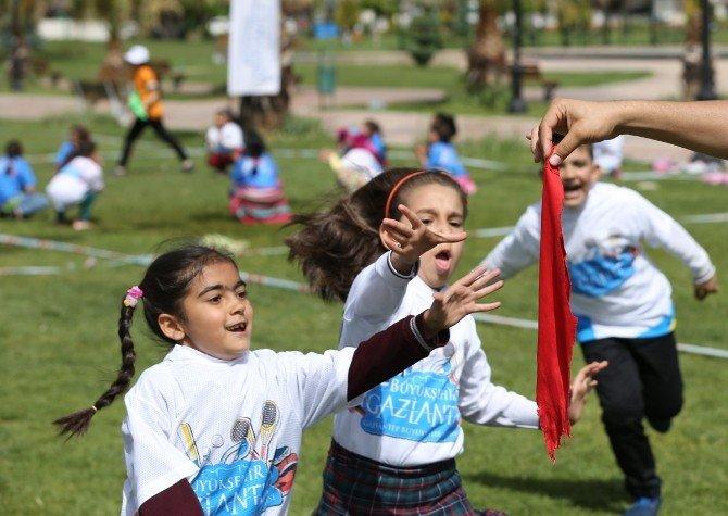 Şenlikte Çocuklar Doyasıya Eğlendi