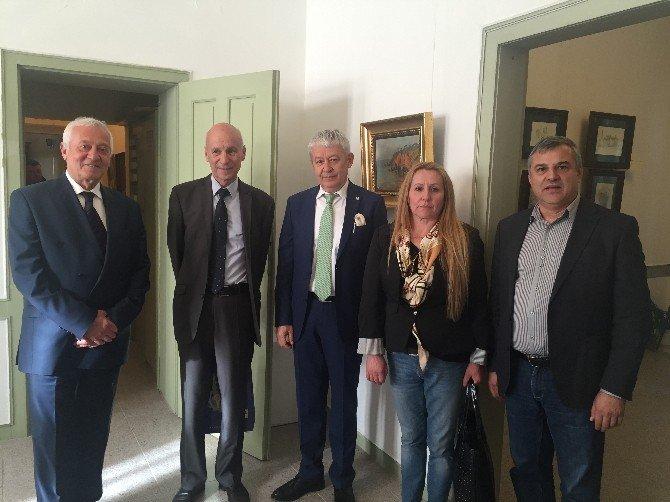 ETSO Heyeti Haskova'da Resim Sergisi Açışılına Katıldı