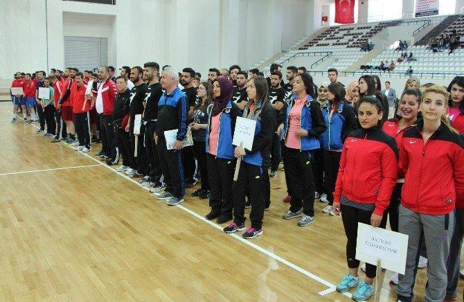Üniversiteler Arası Hentbol 1. Lig Grup Birinciliği Müsabakaları Başladı