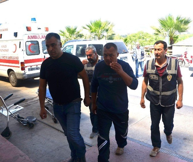 Müşteri Kılığındaki Polislere Yakalandılar