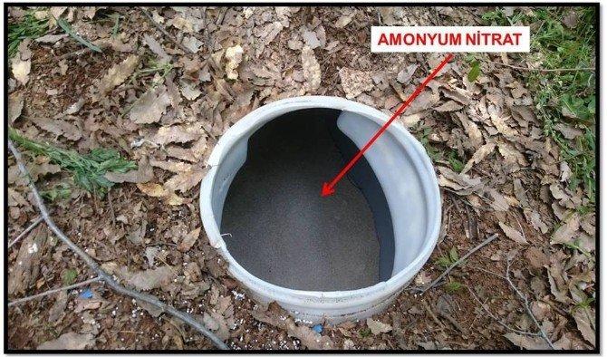 Bitlis'te Bin 200 Kilo Amonyum Nitrat Ele Geçirildi