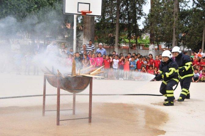 Büyükşehir Belediyesi okulda yangın tatbikatı düzenledi