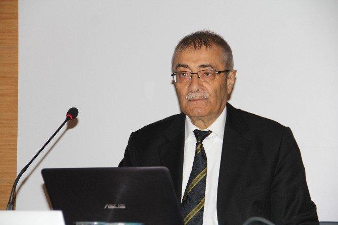 Hitit'ten 'Küreselleşen Dünya Ve Türkiye' Konulu Konferans