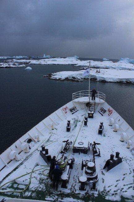 Türk Bilim İnsanlarının Zorlu Antarktika Yolculuğu