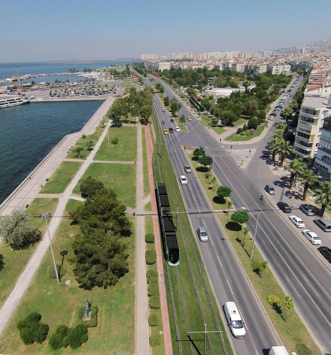 İzmir tramvayında sona doğru