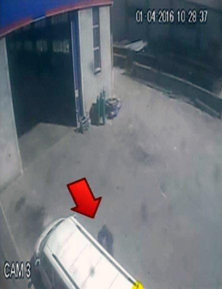 Sinyal Kesiciyle Aracın Kilitlenmesini Önleyip Hırsızlık Yaptılar