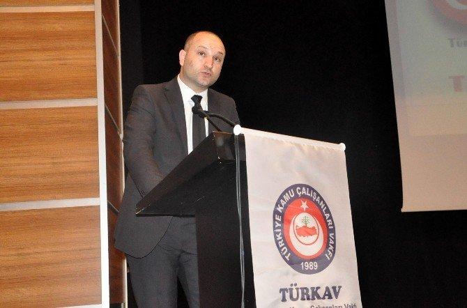 Gebze'de Türkün Kanayan Yarası Konulu Panel Düzenlendi