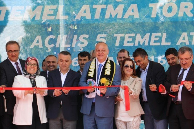 Büyükşehir'den Alaşehir'de Toplu Açılış