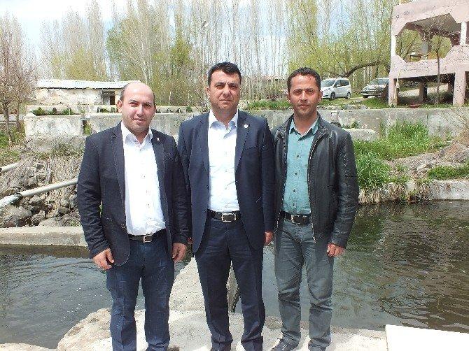 Eğitim-bir-sen Muş Şube Başkanı Barışan Malazgirt'te