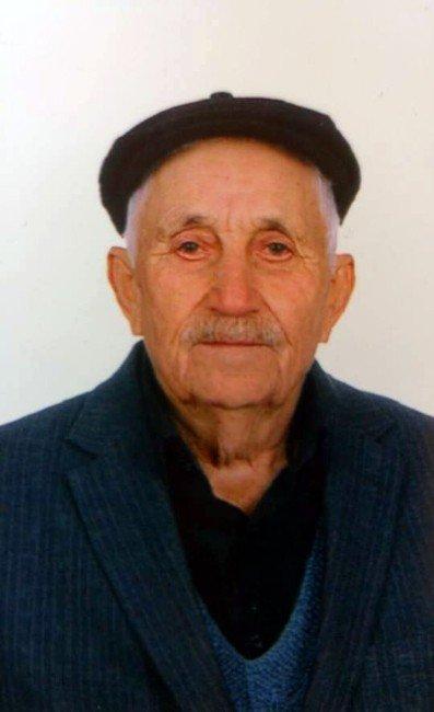 Kayıp Yaşlı Adam Köpeklerle Arandı