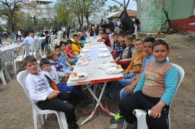 Osmaniye'de 2 Bin Kişi Şükür Duasına Katıldı