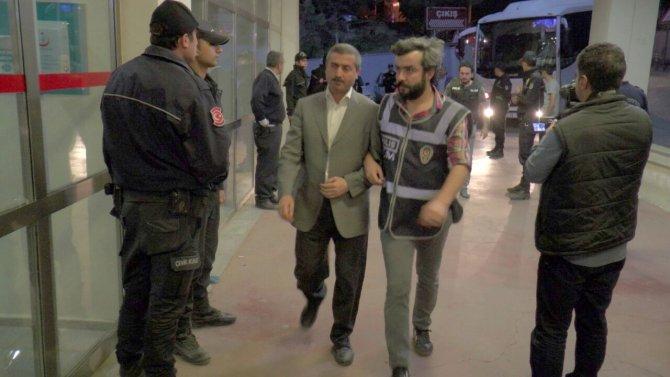 Şanlıurfa'da gözaltına alınan 32 kişi sağlık kontrolünden geçirildi