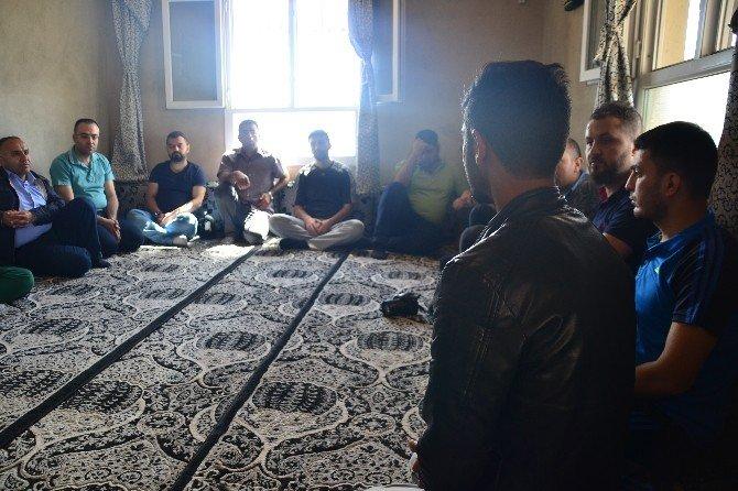 Sivsad Ve Tuskad'tan Şehit Olan Muhtara Anlamlı Davranış