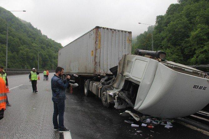Bolu Dağı Tüneli'nde Trafik Kazası: 1 Yaralı