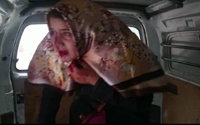 Türk Ekibi Yardım Dağıttığı Sırada Halep'e Bomba Düştü