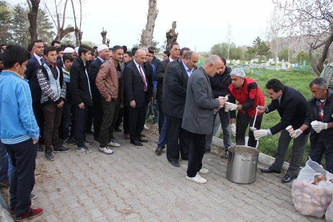 Van'da 57. Alay Ve Çanakkale Şehitlerine Vefa Yürüyüşü