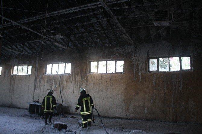 Kullanılmayan Yedek Parça Ambarında Yangın