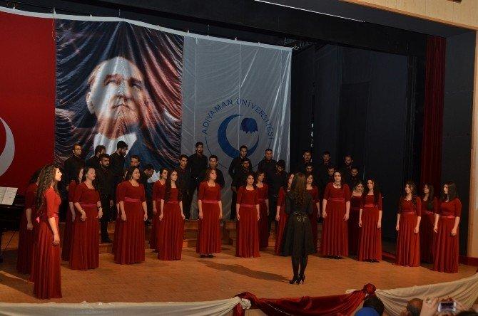 Üniversite'de, 10. Yıl Koro Konseri Düzenlendi