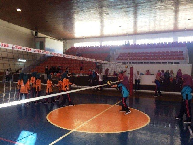 Kuran Kursu Voleybol Turnuvası Tamamlandı