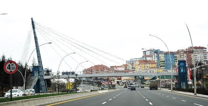 Ankara Büyükşehir'den Başkent'e 5 Yaya Üstgeçidi Daha