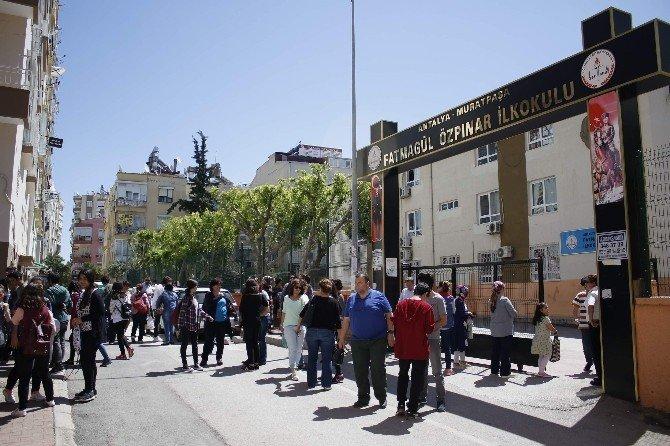 Antalya'da TEOG'da 31 Bin 172 Öğrenci Ter Döktü