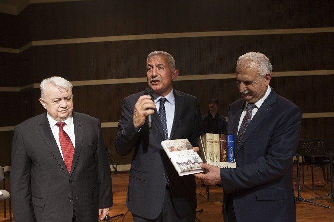 """""""Türk Dünyası Ve Avrupa Türkleri"""" Ve """"Tasavvuf Ve Türk Musikisi"""""""