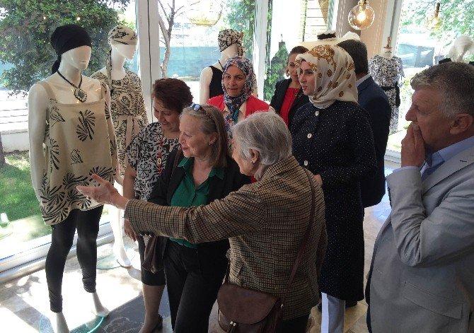 Geleneksel Türk El Yazmacılığı Sergisi Sanatseverlerle Buluştu