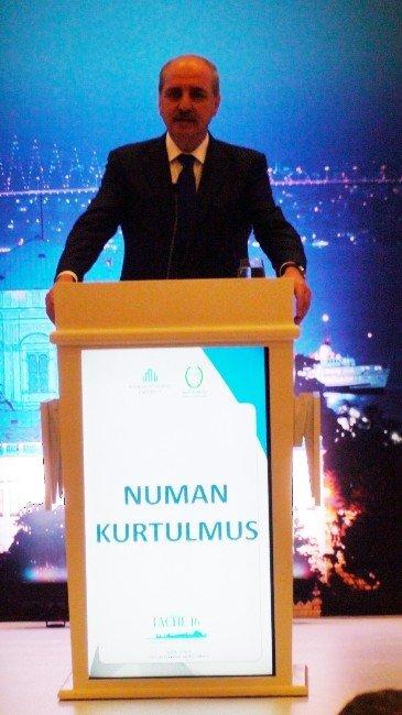 """Numan Kurtulmuş: """"İslam Dünyası Olarak İç Karartıcı Noktadayız"""""""