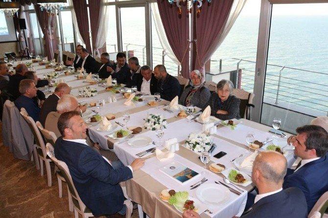 Başkan Yemenici Oda Ve Dernek Başkanlarıyla Bir Araya Geldi