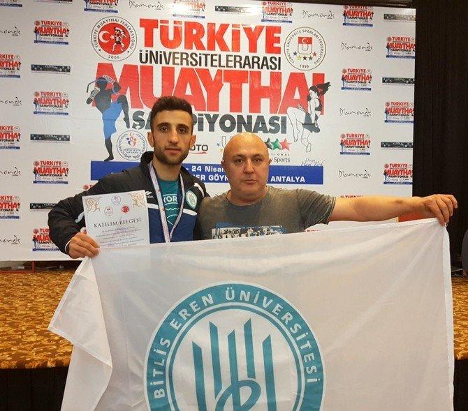 BEÜ Muaythai Şampiyonasında 6 Madalya Kazandı