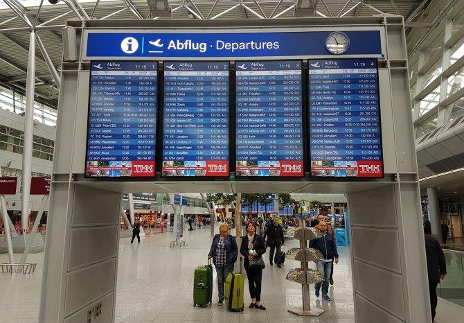Almanya'da binlerce yolcu grev mağduru