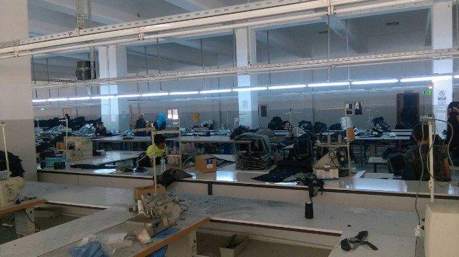 Bitlis'teki Sivil Toplum Örgütünden Tekstil Atölyesine Ziyaret