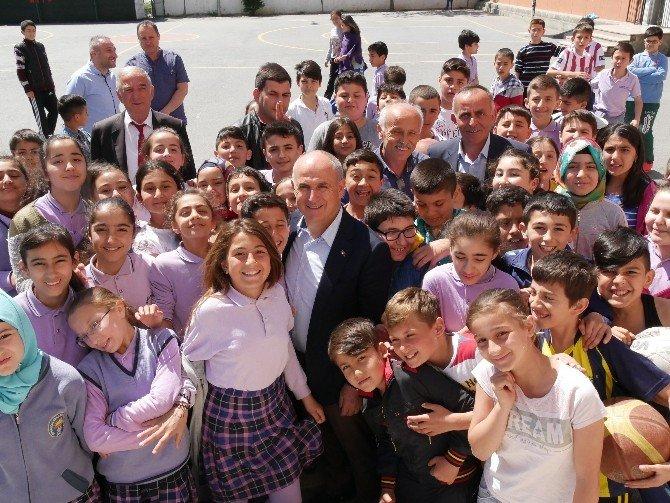 """Başkan Akgün: """"Okul Yapma Yetkisi Belediyelere Verilsin"""""""