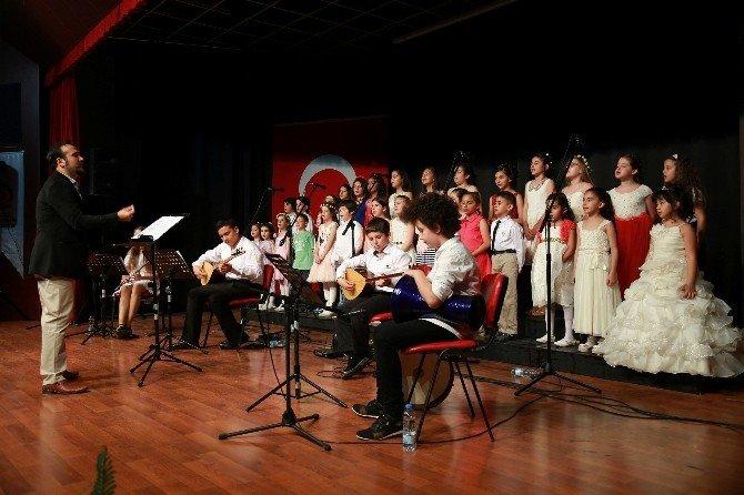 Büyükşehir'den Çocuk Korosu Konseri