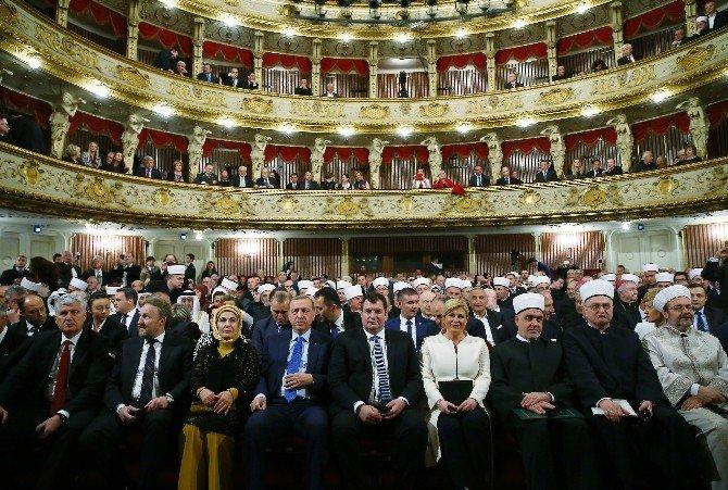 Erdoğan, Hırvatistan'da İslamiyet'in Resmi Din Kabul Edilmesinin Yıl Dönümü Törenine Katıldı