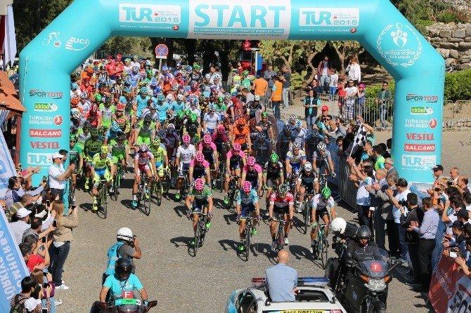 Selçuk'un Trafiğine 'Cumhurbaşkanlığı Bisiklet Turu' Ayarı