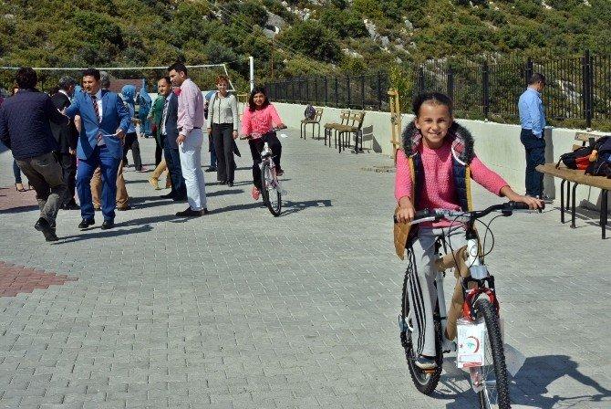 İlk Kez Bisikletleri Oldu