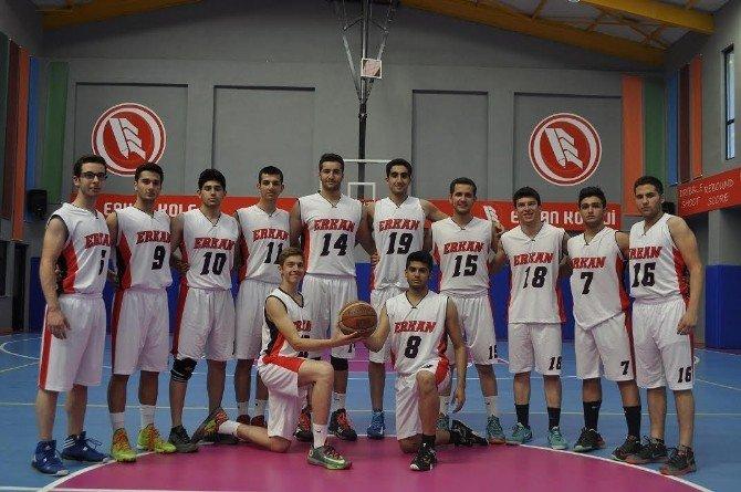 Erkan Koleji Namağlup Şampiyon