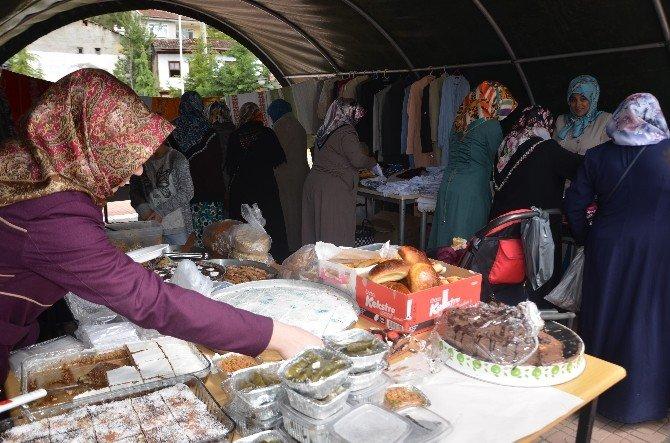 Hanönü'de Yardım Kermesi Düzenlendi