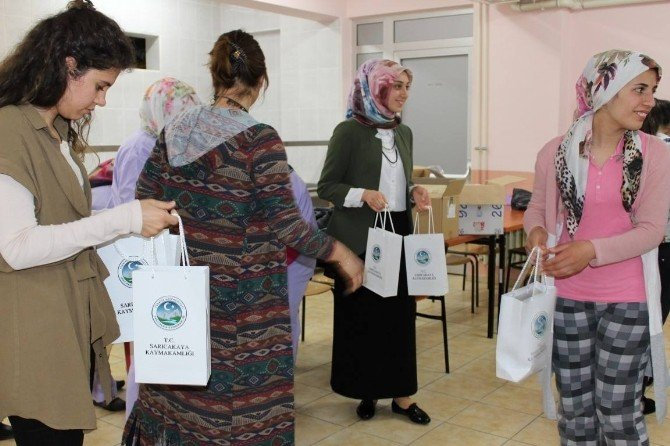 Sarıcakaya'da Kişisel Temizlik Ve Çocuk Bakımı Bilgilendirme Eğitimi
