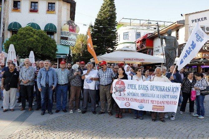 Antalya'da KESK, DİSK Ve TMMOB 1 Mayıs'ı Birlikte Kutlayacak