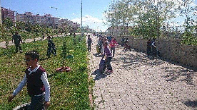 Beyşehir'de Fidanları Atık Araç Lastikleri Koruyacak