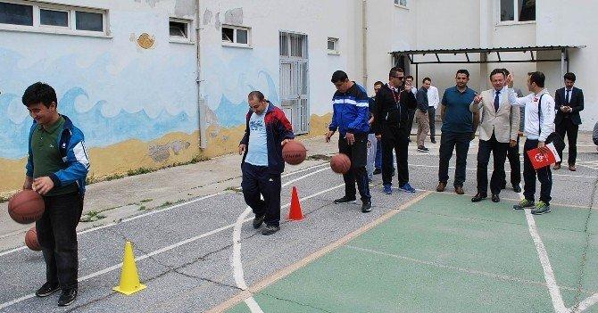 Salihli'de Engeller Bu Proje İle Ortadan Kalkıyor