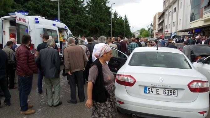Sakarya'da Trafik Kazası: 1 Yaralı
