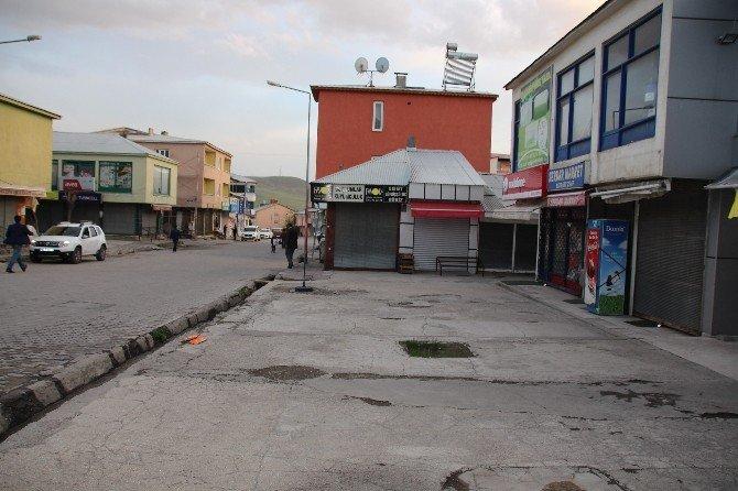 Varto'da Şehit Edilen Özel Harekatçının Ardından Esnaf Kepenk Kapattı