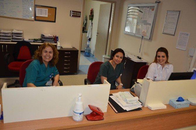 Nazilli Devlet Hastanesi'nde 'Ebeler Haftası' Kutlandı