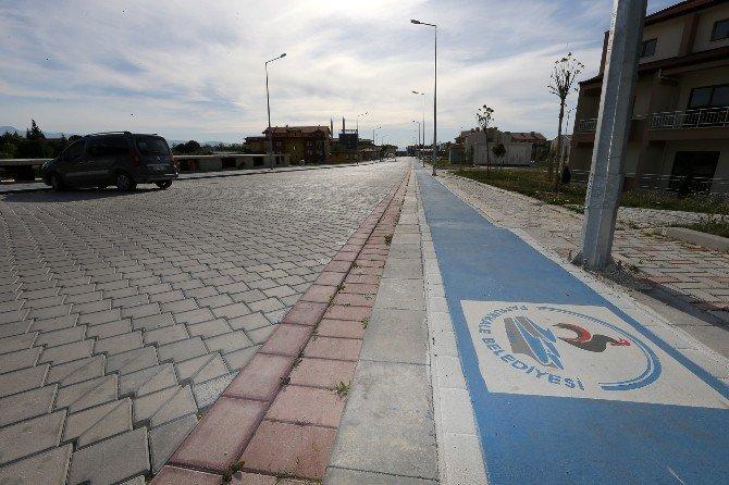 Başkan Gürlesin Karahayıt'a Bisiklet Yolu Ağı Kuruyor