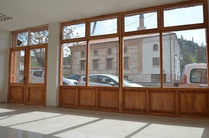 Seyitgazi Belediyesi Turizm Ofisi Açıyor