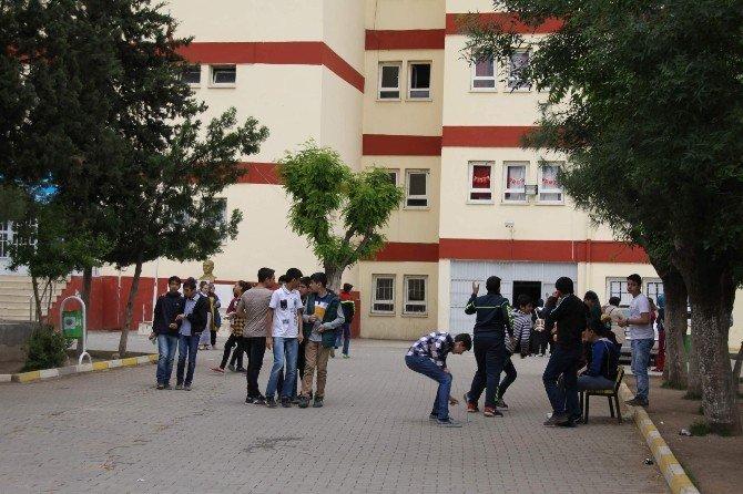 Siirt'te 7 Bin 142 Öğrenci TEOG Sınavına Girdi